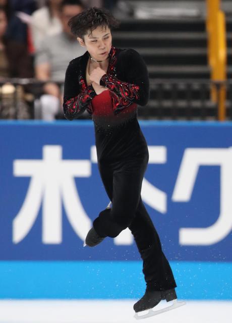 ジャパンオープンで演技する宇野昌磨=2016年10月1日、遠藤啓生撮影