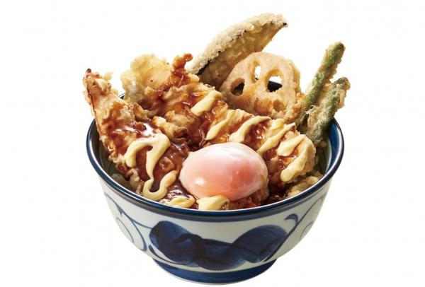 黒マヨ鶏天丼(半熟卵付き)