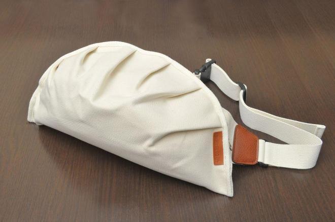 餃子メッセンジャーバッグ