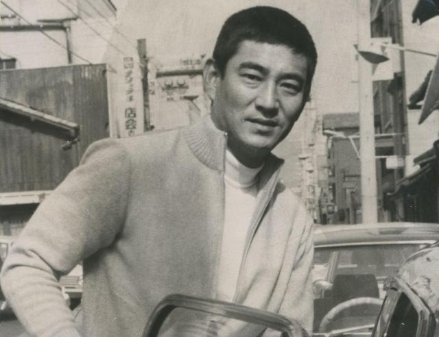 東映の任俠映画に出演していた頃の高倉健さん