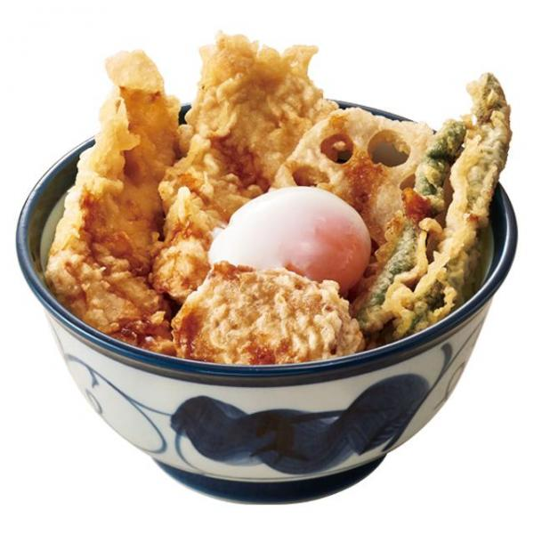 ふもと赤鶏天丼(半熟卵付き)