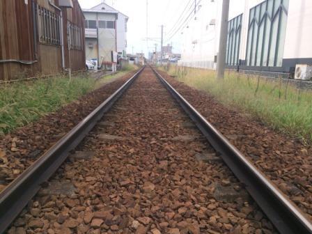 高松琴平電気鉄道(ことでん)が販売する線路のイメージ
