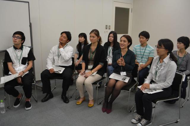 「暴力団の専門記者に話を聞きたい」と集まった学生たち