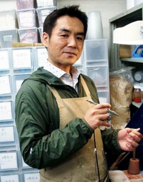 愛和義肢製作所代表の林伸太郎さん=2013年3月1日、東京都練馬区