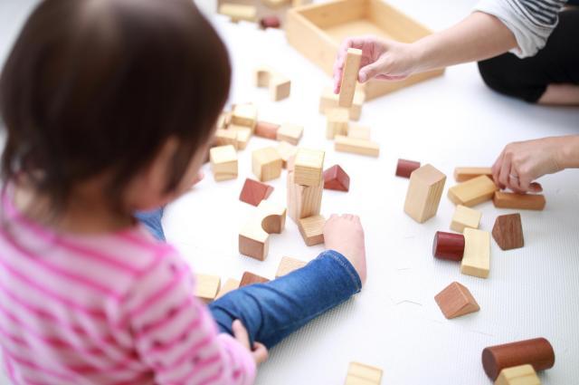 米国の研究でも、母親の就労と子どもの学力や問題行動は基本的に関係がなかったという「3歳児神話」