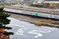 地震直後、木戸川の水が逆流して渦巻く水面=2016年11月22日、福島県楢葉町、福留庸友撮影