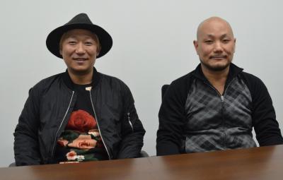 カプコンの野中大三プロデューサー(右)と、山東善樹・サウンドディレクター