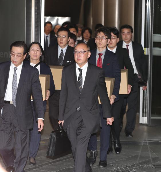 電通の過労自殺問題は、厚生労働省の強制捜査にまで発展した=11月7日午後4時9分、東京都港区、時津剛撮影