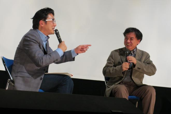 テアトル新宿であった片渕須直監督(右)と町山智浩さんのトークショー=東京テアトル株式会社提供