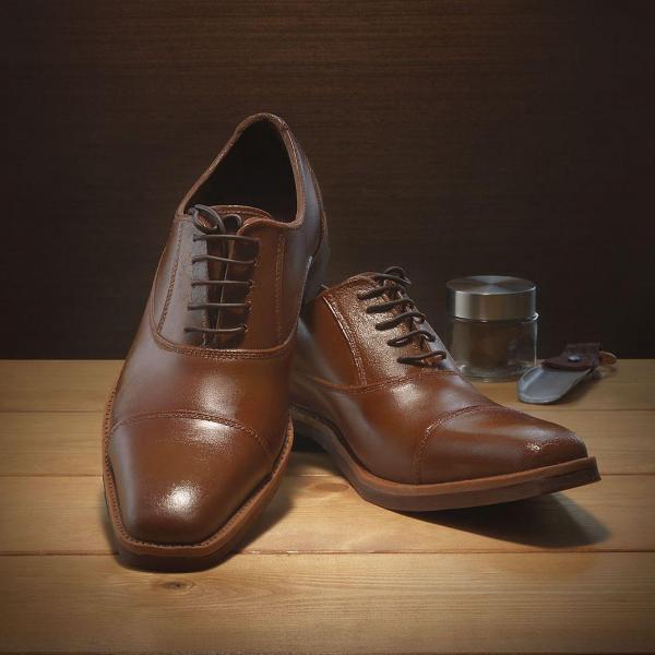本物そっくりの革靴を表現したチョコレート「紳士の輝き」