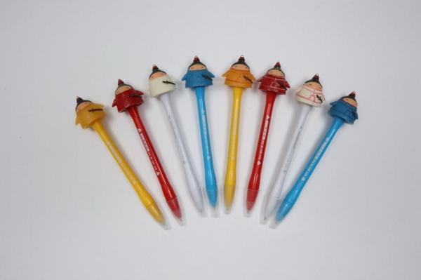 萌え萌え・皇帝を護衛する武士のペン