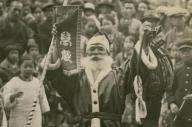 1928年、昭和天皇即位の「御大典」を祝う大阪市に現れたサンタクロース
