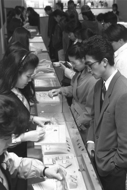 1990年12月21日、東京・銀座