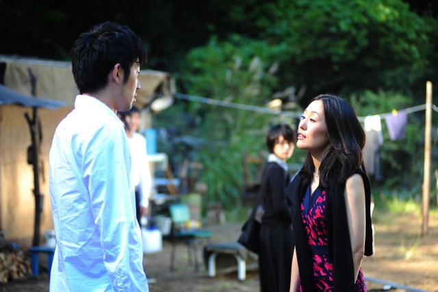 「風に濡れた女」の後半で登場する高介の過去の女・響子(鈴木美智子)も、かなりぶっ飛んでいます