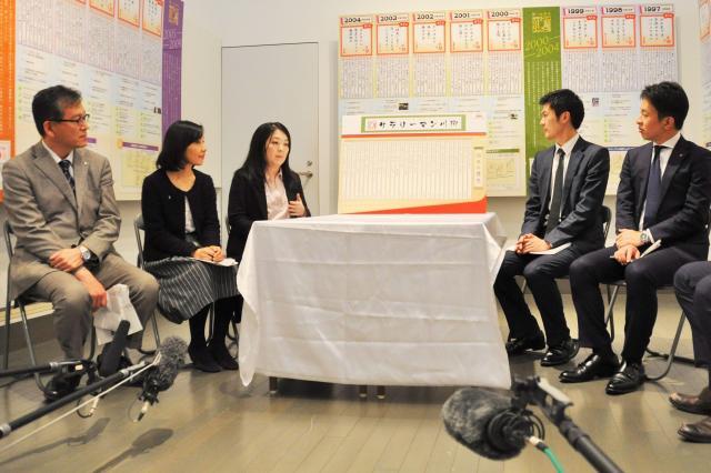 座談会に参加した5人