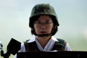 台湾総統に「変な中国語」疑惑 誤り認めず批判、背景に脱中国化?