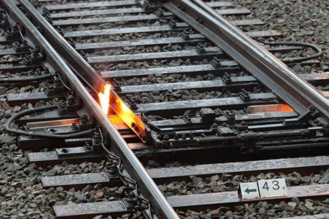 線路火災かと思いきや……