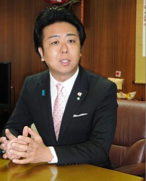 高島宗一郎・福岡市長