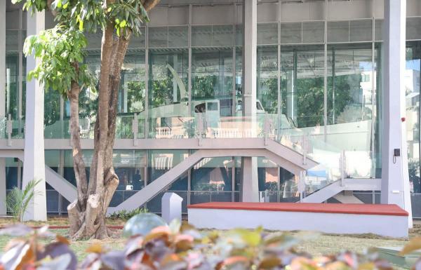 革命博物館で展示されているヨット「グランマ号」。独裁政権打倒を目指してカストロ氏が亡命先のメキシコから乗ってきた=2016年12月5日、ハバナ