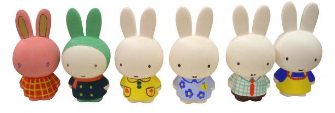 色とりどりに着色された素焼きのミッフィー人形 (c)Mercis bv