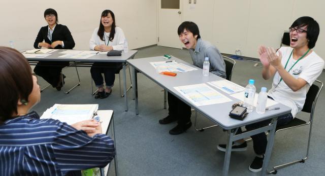 深澤さんの軽妙なトークに、授業中何度も爆笑が起きていた
