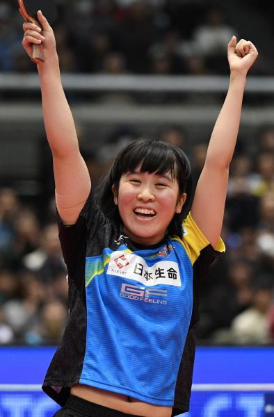 今年の卓球・全日本選手権女子シングルスで優勝した平野美宇選手