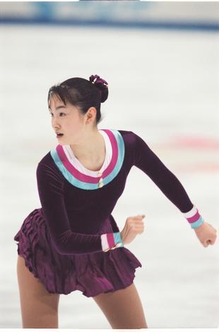 1998年の長野オリンピックフィギュアスケート女子シングルSP(ショートプログラム)での荒川静香選手の演技