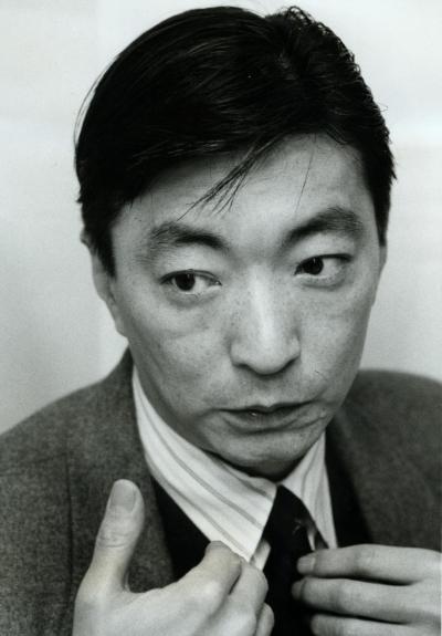 「幸福の科学」に入ったいきさつを語る放送作家の景山民夫さん=1992年
