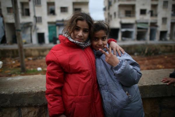 アレッポ東部マサケン・ハナノ地区の子どもたち=2017年1月9日、シリア、矢木隆晴撮影