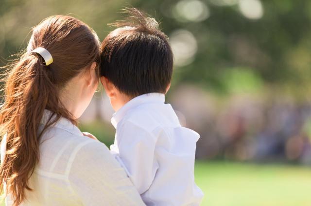 親が「外見」を一つの個性として認めることで前向きさが養われた例も ※画像はイメージです