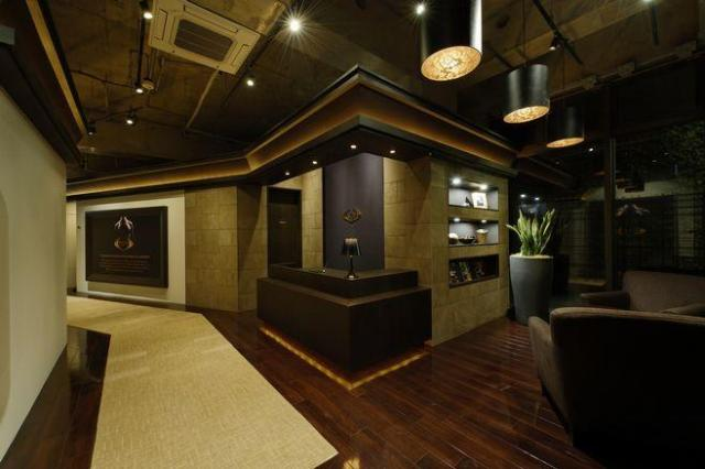 ライザップの1号店は東京都渋谷区の神宮前店