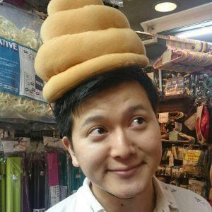 facebookのアイコンでは、こんな帽子をかぶっているしげさん。