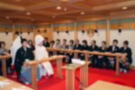 教科書検定で話題になった「日本らしさ」。神前結婚にもキリスト教の影響があったという(写真はイメージです)