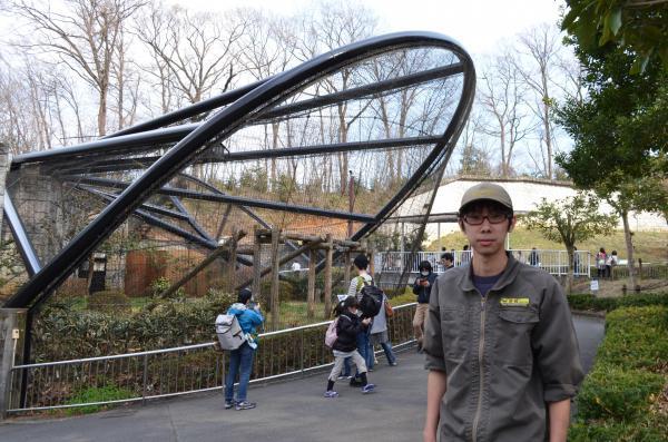 多摩動物公園の「しんざきおにいさん」こと新崎慶太さん