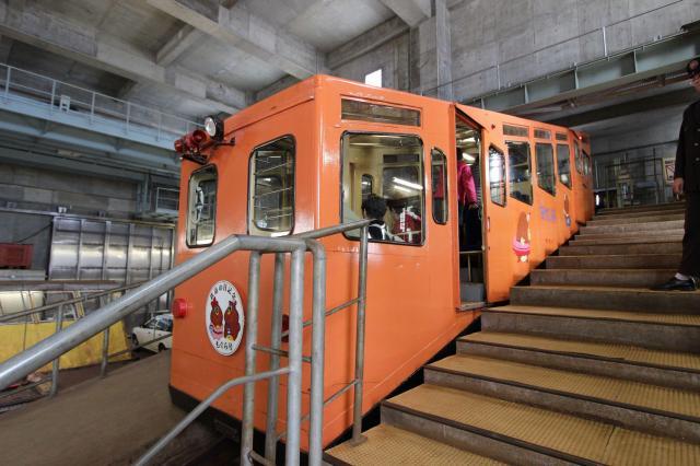 「みんまや」では実際に青函トンネル工事の作業員の移動などに使われたもぐら号に乗り込むことができる