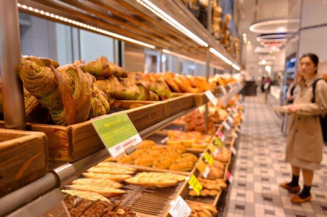 JR名古屋高島屋内の人気パン店「ゴントランシェリエ」=名古屋市中村区