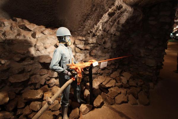作業坑として使われていた一角に作られた展示エリア