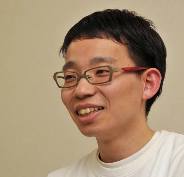 「びじゅチューン!」を作っているのがこの人、映像作家の井上涼さん=磯村完撮影