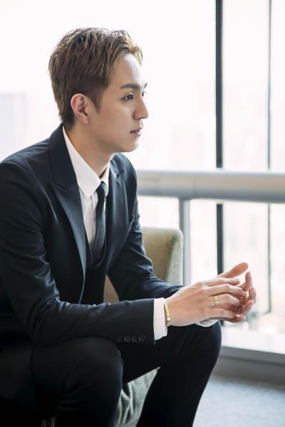 ソロアルバム『unlock(アンロック)』を発表したAAAのリーダー、浦田直也さん=小境勝巳撮影