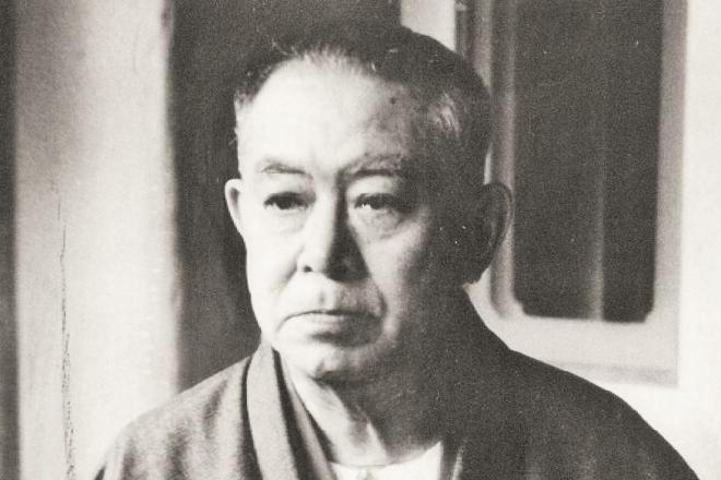 タトゥー裁判で朗読された『刺青』を書いた谷崎潤一郎=1956年10月