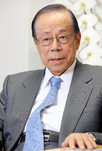 (2017年調査)アメリカで6位の知名度だった福田康夫元首相