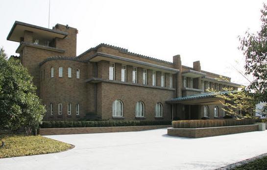 旧首相官邸の面影をそのまま残した現在の首相公邸