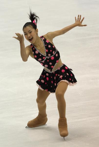 NHK杯女子SPで2位につけた村上佳菜子=2010年10月22日、遠藤啓生撮影
