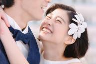 ゼクシィの新CMの一場面。「ひよっこ」に出演の佐久間由衣さんがイメージガールを務めている