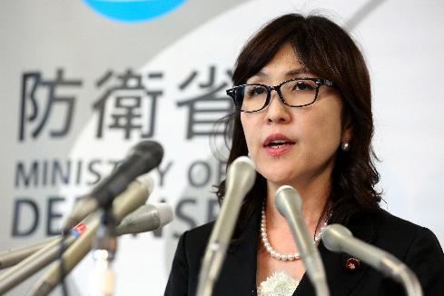 稲田朋美防衛相。今回、安全保障関連法に基づく「米艦防護」の命令を初めて出した