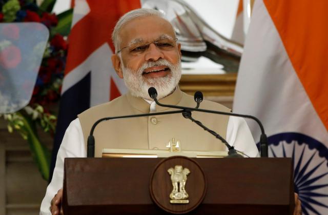 世界の指導者で最もSNSのフォロワーが多いインドのモディ首相=2017年4月、ニューデリー