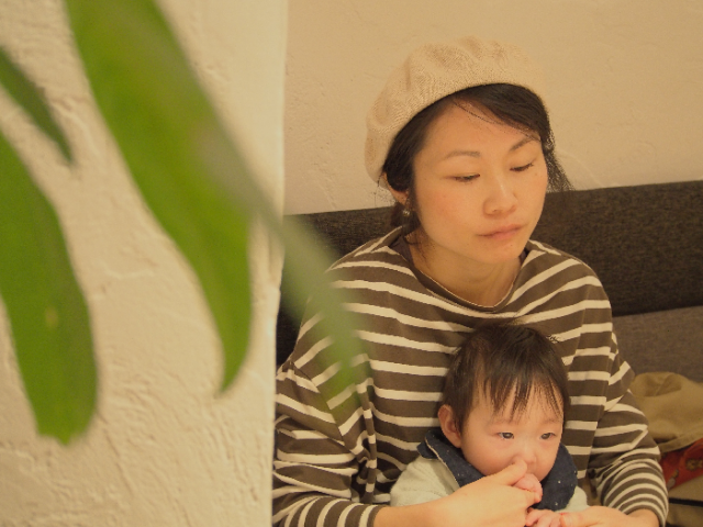 皆川 円(みなかわ まどか)さんと息子のきーちゃん