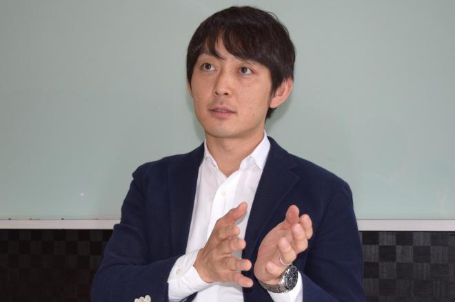 インタビューに応じる大手AVメーカー「SODクリエイト」の野本義明社長=中野区、長野剛撮影