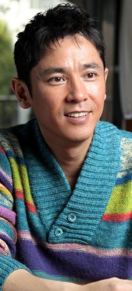 リポビタンDの過去CMに出演していた西村和彦さん