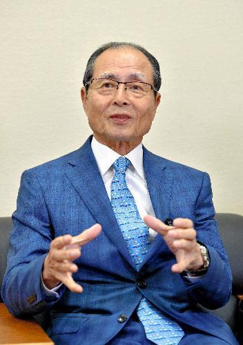 リポビタンDの過去CMに出演していた王貞治さん